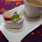 洋菓子工房 queue - レアチーズケーキ をお気に入りの       ビレロイ&ボッハと…… ♡