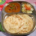インド料理 MUTHU - パロタセット¥1000