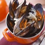 石巻産ムール貝のバケツ蒸し