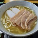 61418124 - 三枚肉そば(中)