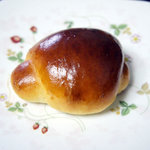 ottoパン - バターロール(80円)