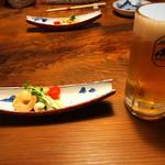 土佐食人 こうじ家 - お通しと生ビール