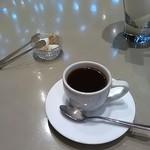 アンリ・ファーブル - ハンドプレスコーヒー