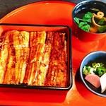 柳橋 こだに - 料理写真:『うな重(上)』様(4160円)コレの上に特上ってのがありましたがメロン付ってフルーツは要らないw