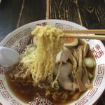 61423774 - 縮れ麺