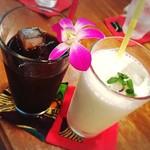 ハイビス カフェ - アイスコーヒー☆バナナミルク