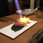 お肉屋 けいすけ 三男坊 - 追加:高森和牛の一口炙り寿司