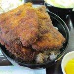 めし処円 - ソースカツ丼(単品は500円)