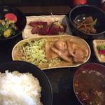えごま - 日替わりランチ ¥750+税 ※ご飯大盛りは+50円です