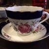 Gamu - ドリンク写真:私がチョイスしたドイツ製のカップ。 深いブルーにピンクの薔薇が素敵♡