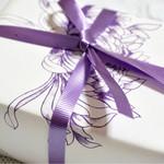 和菓子処 菊家 - 上品な色合いの包装紙