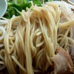 ラーメン 大栄 - 中細ストレート麺