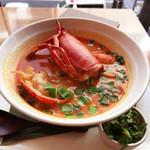 tcc Singaporean Café & Diner - オマールビスクのラクサ・ヌードル