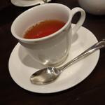 文明堂カフェ - セットの紅茶
