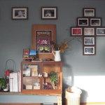 カフェ ド サファリ - ギャラリーも兼ねていて、写真が展示してありました