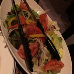 焼き鳥と燻製の居酒屋 あじどり - サラダ
