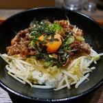 京都 肉食堂 - 焼肉丼(780円)