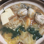 居酒屋 天笑 - 最後の方に頼んだ牡蠣鍋です。