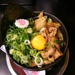 61451932 - 肉玉そばハーフ(¥500)青ネギ増し(¥130)
