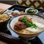 てつこのそば - 料理写真:そば定食です!お肉が選べます。(刺身と小鉢はその日によって変わります。ご了承下さいませ。)