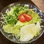 61464149 - サラダのドレッシングが美味しかったです