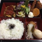 コハク - 料理写真:本日の日替わり弁当 2017年1月20日実食