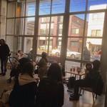 ブルーボトルコーヒー - 店内イートインスペースは少ないです