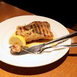 イタリアン・ビストロ・ヒライ - さぬき名物 骨付き鶏の柚子こしょう焼き (1280円) '16 1月上旬