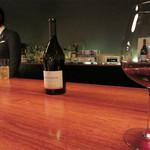 61476358 - 福岡では数少ないブルゴーニュワインをグラスで頂けるワインバーです。