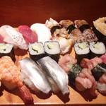 魚がし寿司 - 握り梅&小肌・蝦蛄・紐・小柱