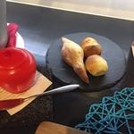 RYORIYA AO - 自家製パン
