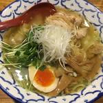 61481811 - わんたん鶏塩麺