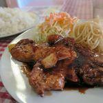 洋食屋チャーリー - トンテキ、ライス大盛りで1000円(通常は950円)