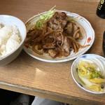 なんどき屋 - 豚しょうが焼定食(740円)