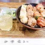 伊勢廣 - スープと焼き鳥丼とお新香
