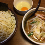 61494666 - 野菜つけ麺(中) ¥880 + 生玉子 ¥50