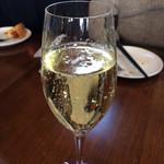 ビストロ ルパ - スパークリングワイン