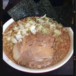 ラーメン 魚魂 豚魂 - 料理写真:魚魂らーめん 750円