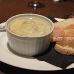 オランジェ - ゴルゴンゾーラチーズのマッシュポテト