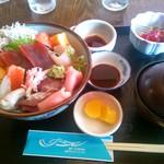 サーフィン - さしみ定食