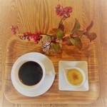 cafe.miel - ランチのプチデザート&ドリンク&女性にお花