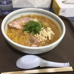 イオリ - 料理写真:北海道野菜の味噌ラーメン854円
