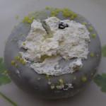 ミスタードーナツ - ホイップホワイトチョコレート