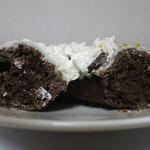 ミスタードーナツ - ホイップホワイトチョコレートの断面