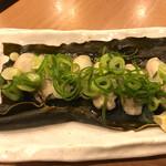 広島お好み焼き・鉄板焼き 倉はし - 牡蠣と昆布