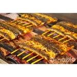 登亭 - 毎日新鮮な鰻を生産地から仕入れ、秘伝のタレで焼き上げます。