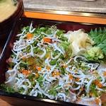 61521167 - 地魚の海鮮重定食1,000円(税込)