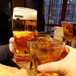 61521192 - 生ビール90円(オープン記念価格) 烏龍茶400円