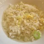 ぎょうざの満洲 - スープかけご飯