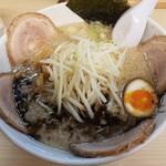 屋台とんこつらーめん めん吉 - 【2017/1】チャーシュー麺(950円)
